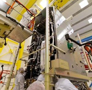 LOCKHEED MARTIN SUCCESSFULLY MATES NOAA GOES-R SATELLITE MODULES