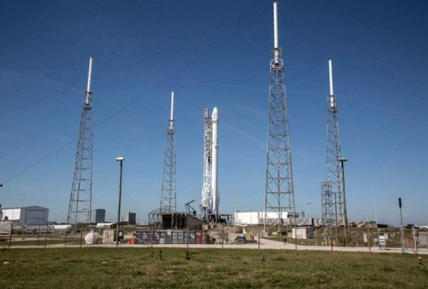 SPACEX PUSHES BACK JAPANESE SATELLITE LAUNCH BY A DAY