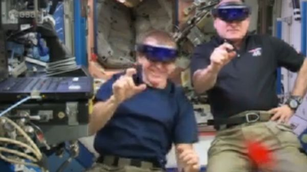ALIENS ATTACK! SPACE STATION ASTRONAUTS FIGHT VR INVASION WITH HOLOLENS