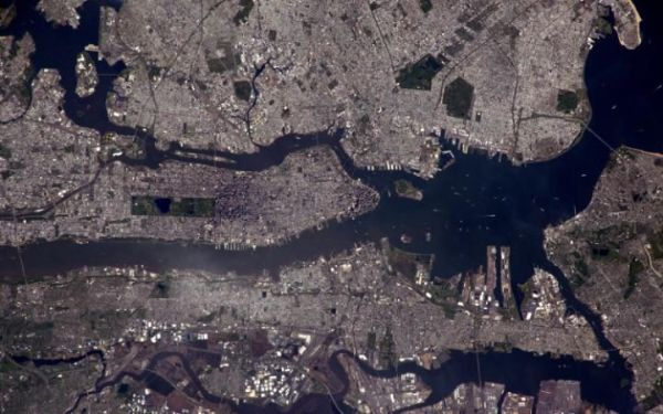 NEW YORK FROM SPACE: INCREDIBLE IMAGE FROM THE INTERNATIONAL SPACE STATION