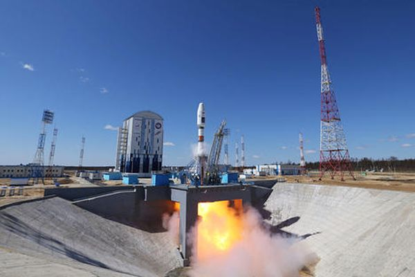 AIST-2D SATELLITE LAUNCHED FROM VOSTOCHNY BEGINS SCIENTIFIC EXPERIMENTS