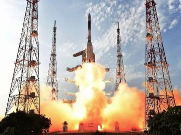 ISRO TO LAUNCH SCATSAT, 7 OTHER SATELLITES ON SEPTEMBER 26