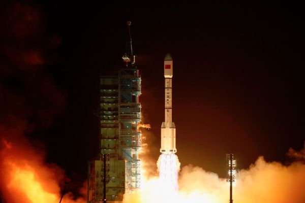CHINA'S FALLING SPACE STATION IS NOT GOING TO HIT YOU ON THE HEAD. UNLESS IT DOES
