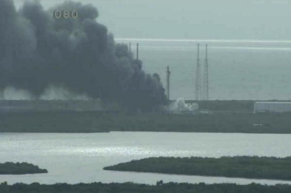 EXPLOSION THAT DESTROYED FALCON ROCKET, FACEBOOK SATELLITE POSSIBLY DUE TO GAS TANK BREACH