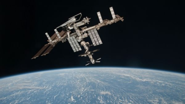 METEOR SIGHTING WAS LIKELY SPACE STATION TRASH, SAYS MUN INSTRUCTOR