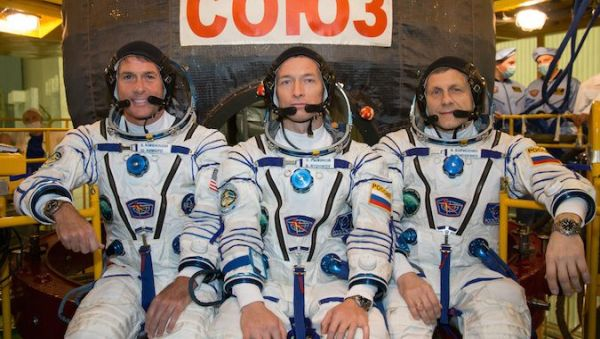 SOYUZ CREW BLASTS OFF FROM KAZAKHSTAN