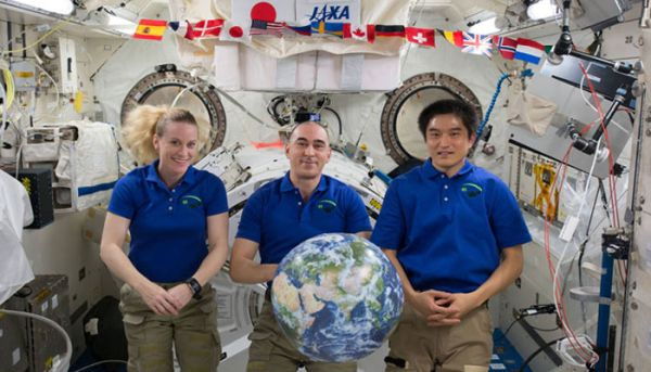 EXPEDITION 49 CREW MEMBERS TO RETURN TO EARTH FROM SPACE STATION!