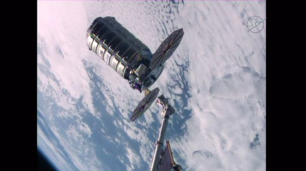 ASTRONAUTS RELEASE CYGNUS SPACE FREIGHTER FROM STATION