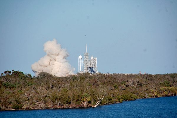 FIRE RETURNS TO FLAME TRENCH AT APOLLO-ERA LAUNCH PAD IN FLORIDA