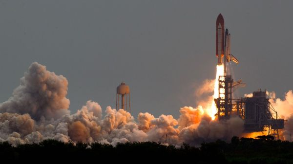 NASA LAUNCHED SPY SATELLITES ON THE SPACE SHUTTLE, BUT THAT SHOULDN'T BE A SHOCK