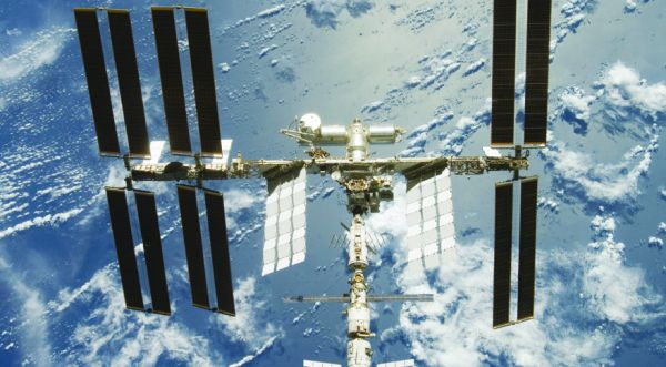 RUSSIA PLANS TO END DEPENDENCE ON U.S. SATELLITES FOR COMMUNICATION WITH ISS -