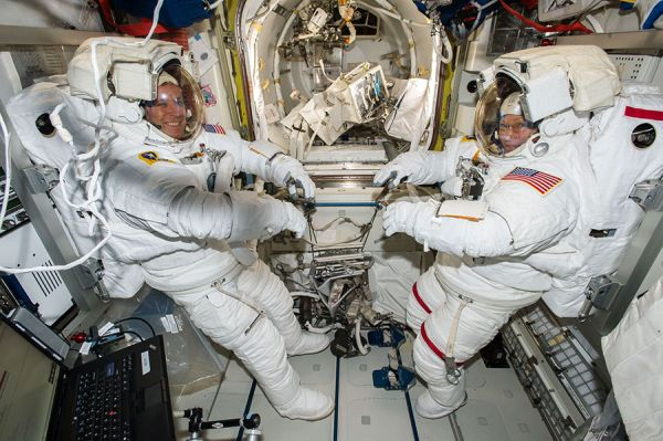 NASA TV LIVE BROADCASTS TUESDAY SPACEWALK