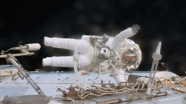 SHORT SPACEWALK COMPLETE AFTER SUCCESSFUL INSTALLATION WORK