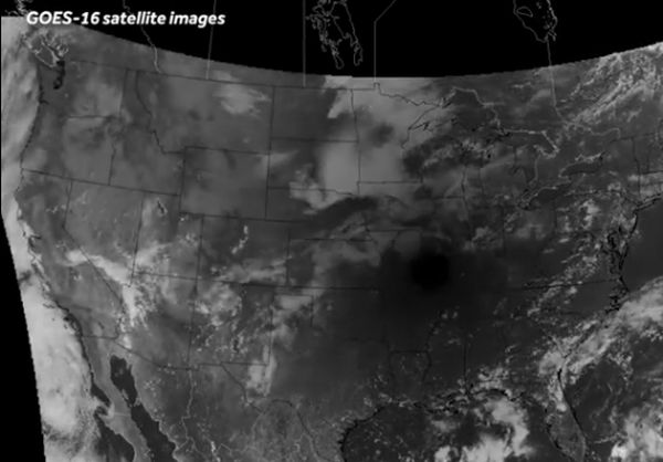 SATELLITE CAPTURES SHADOW OF ECLIPSE CROSSING THE U.S.