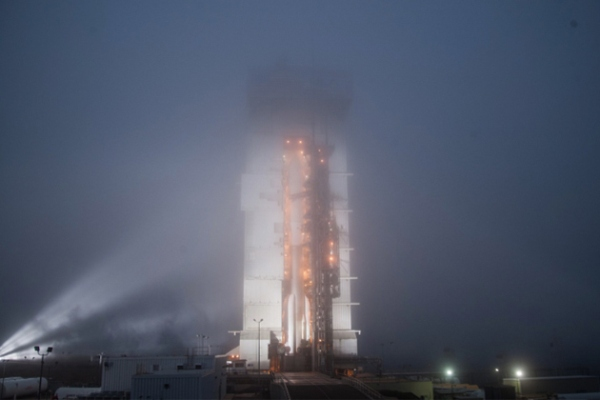 ATLAS V ROCKET LAUNCH FROM VANDENBERG AFB DELAYED