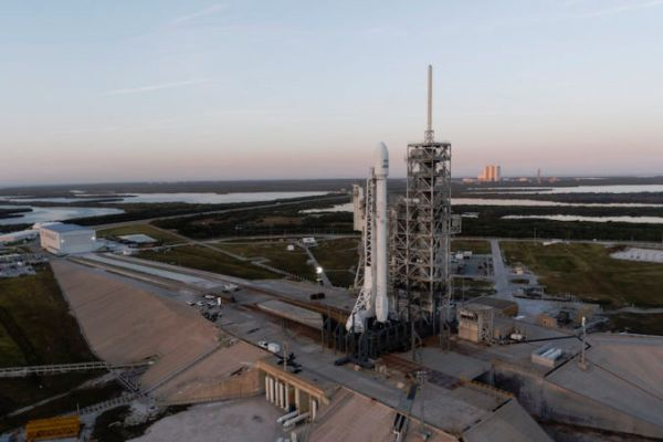 SpaceX delays Falcon 9 launch of TV broadcast satellite