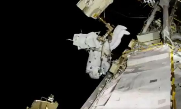 NASA INSTALLS A SWEET NEW HD CAMERA ON THE SPACE STATION