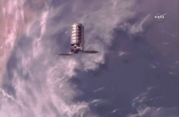 CYGNUS CARGO SHIP DELIVERS HOLIDAY GOODIES AND SCIENCE GEAR TO SPACE STATION