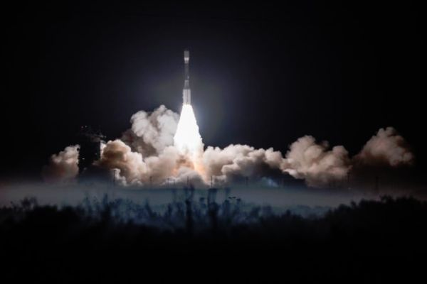 Penultimate Delta 2 rocket launch lofts advanced polar-orbiting weather satellite