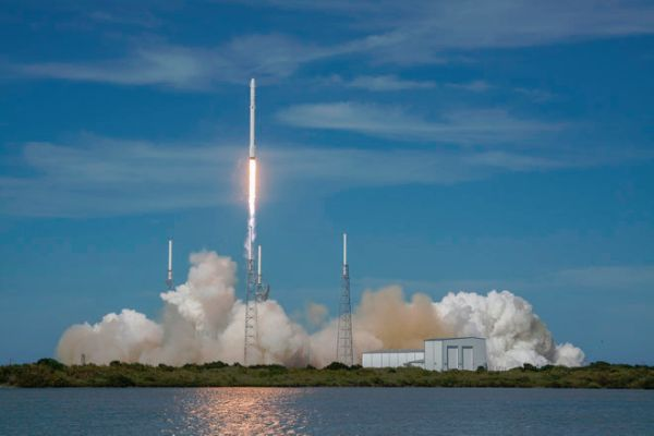 SPACEFLIGHT'S NEXT BIG LEAP? SPACEX CARGO MISSION OFFERS A GLIMPSE