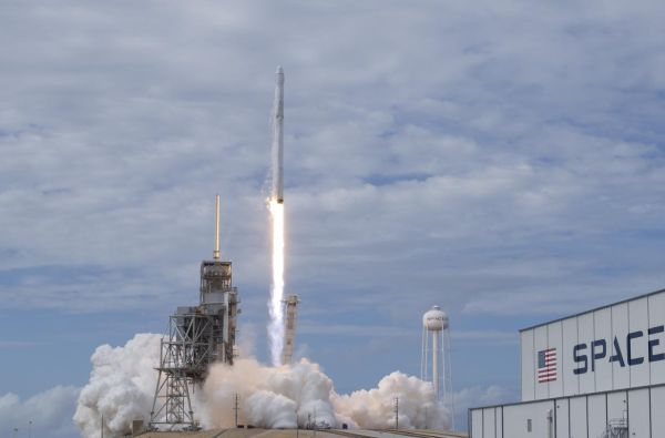 WATCH LIVE: SPACEX DRAGON CAPSULE LAUNCH TO THE INTERNATIONAL SPACE STATION