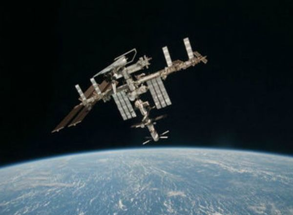 INTERNATIONAL SPACE STATION TEAM TO EXPERIENCE NEW YEAR'S EVE 16 TIMES