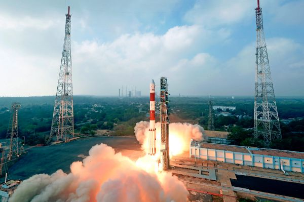 INDIAN ROCKET LAUNCHES 31 SATELLITES INTO ORBIT