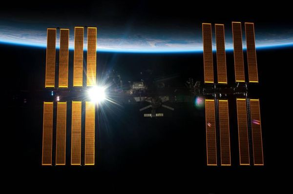 THE INTERNATIONAL SPACE STATION HAS BEEN ORBITING FOR 7,000 DAYS