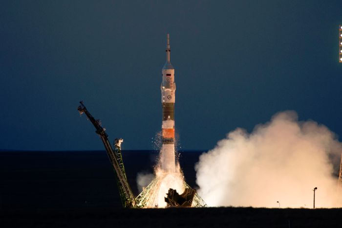 SOYUZ ROCKET: RUSSIA'S RELIABLE BOOSTER