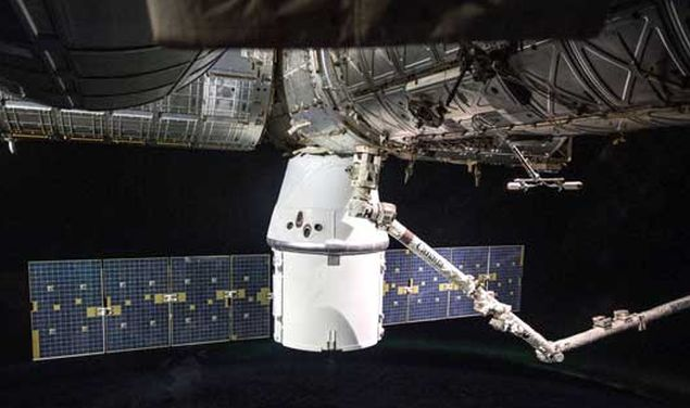 SPACEX DRAGON CARGO SPACECRAFT SET FOR DEPARTURE FROM INTERNATIONAL SPACE STATION MAY 2