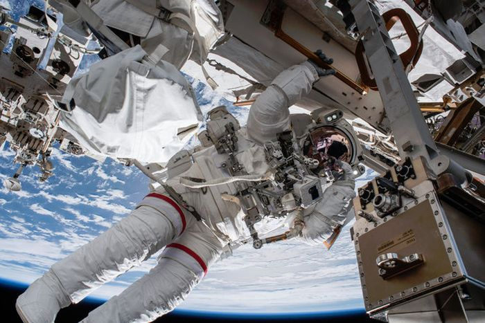 ASTRONAUTS ARE TAKING A SPACEWALK OUTSIDE THE SPACE STATION TODAY: WATCH LIVE