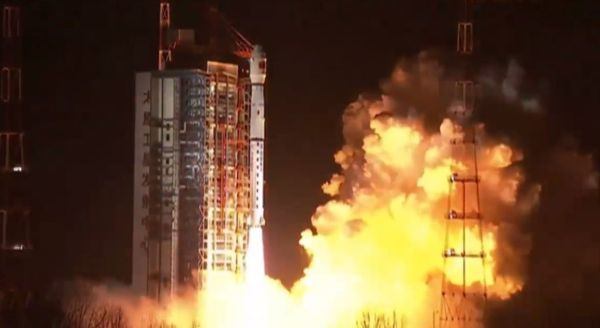 Queqiao relay satellite launched ahead of Chang'e-4 lunar mission