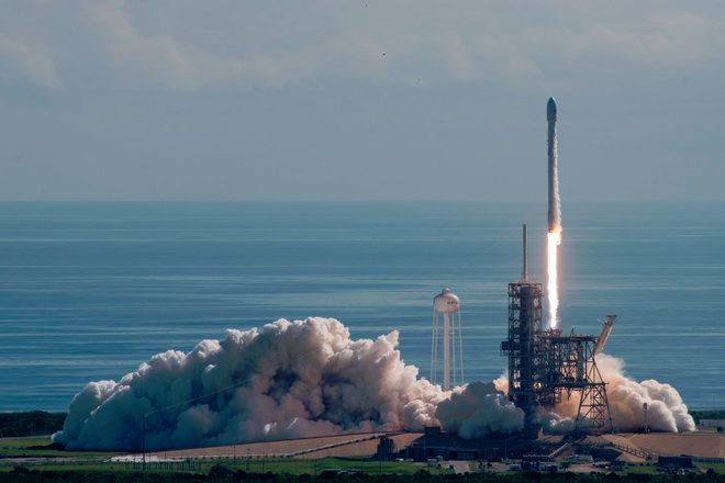 BAD WEATHER AND 'ADDITIONAL TESTS' DELAY SPACEX SATELLITE LAUNCH