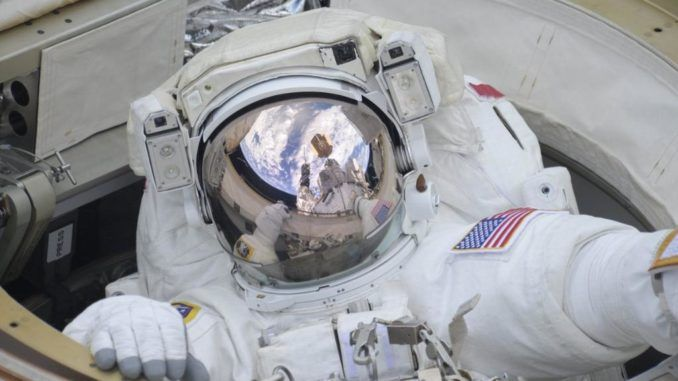 STATION ASTRONAUTS INSTALL NEW CAMERAS ON SUCCESSFUL SPACEWALK
