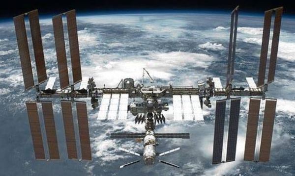 SENATE PANEL EXTENDS LIFE OF INTERNATIONAL SPACE STATION TO 2030