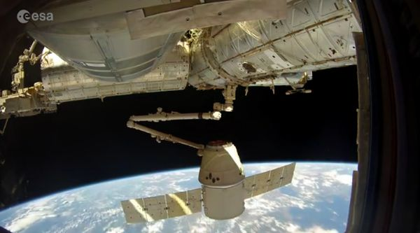 Watch SpaceX's Dragon Bid Farewell to Space Station in This Incredible 4K Video