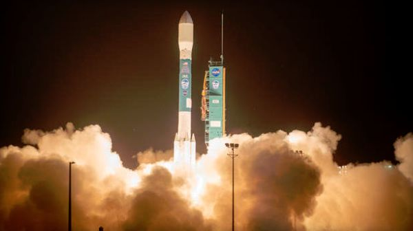 FINAL DELTA 2 ROCKET LAUNCHES $1 BILLION ICE PROBE