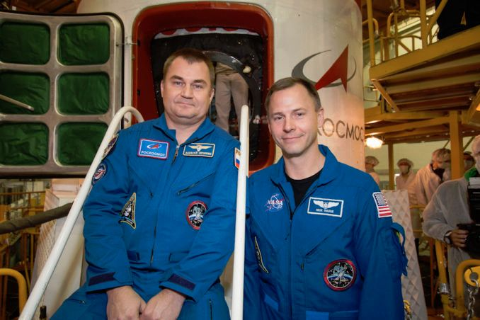 RUSSIANS PLAN THURSDAY LAUNCH OF TWO TO SPACE STATION