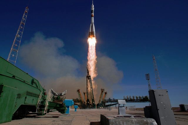 EYEWITNESS OBSERVER OF DRAMATIC SOYUZ LAUNCH ABORT DESCRIBES WHAT HE SAW