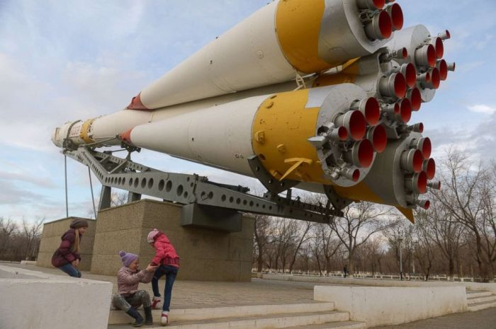 RUSSIA'S CRUMBLING BAIKONUR SPACEPORT IS EARTH'S ONLY LAUNCH PAD FOR MANNED FLIGHTS