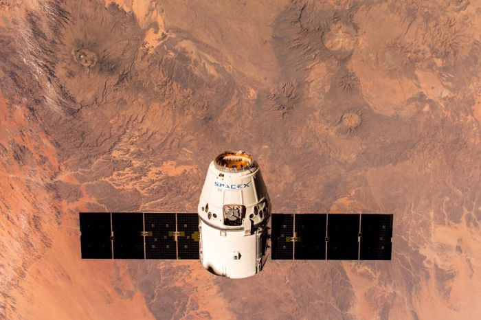 SPACEX MAKES ANOTHER SPACE STATION CARGO DELIVERY