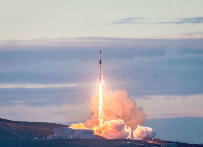 SpaceX begins 2019 with eighth and final for upgraded Iridium network
