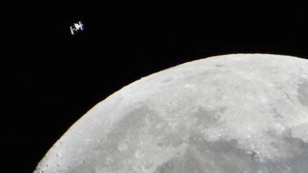 UNBELIEVABLE VIDEO OF INTERNATIONAL SPACE STATION RACING ACROSS MOON CAUGHT BY AMATEUR ASTRONOMER