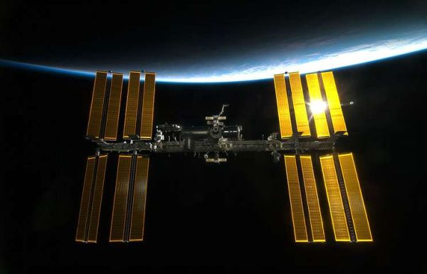 ROSCOSMOS SIGNS NEW CONTRACT ON FLIGHT OF TWO SPACE TOURISTS TO ISS