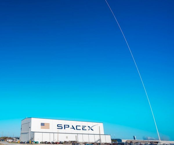 SpaceX to launch 1st batch of Starlink satellites from Cape Canaveral
