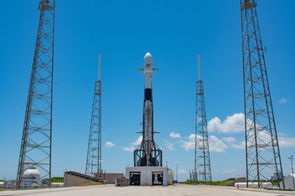 SPACEX DELAYS LAUNCH OF 60 STARLINK SATELLITES AGAIN, THIS TIME FOR SOFTWARE CHECKS