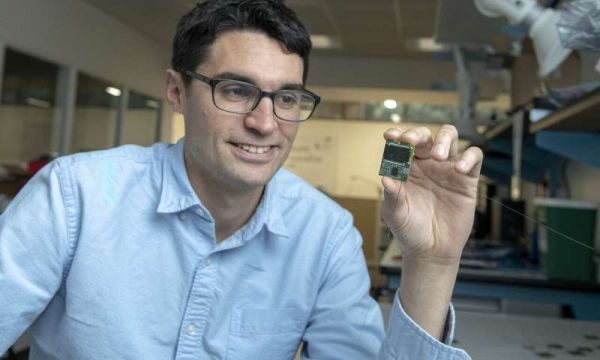 Inexpensive chip-size satellites orbit Earth