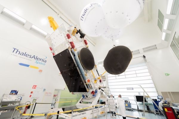NEWLY-LAUNCHED RUSSIAN TELECOM SATELLITE RELYING ON BACKUP THRUSTERS