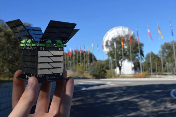 SPAIN'S FIRST OPEN SOURCE SATELLITE