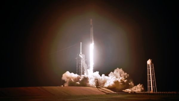 SPACEX DRAGON SUCCESSFULLY DOCKS WITH THE INTERNATIONAL SPACE STATION